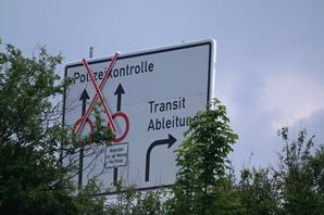 20120522 BAB95 Beschilderung vor Ausfahrt Sindelsdorf / (C) / CS